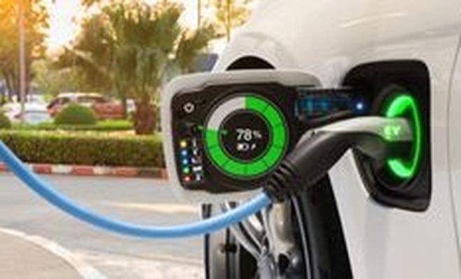 Elektrikli araçların beş dakikada şarj olmasını sağlayan batarya geliştirildi