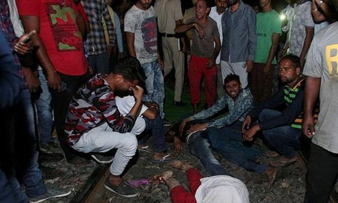 Train crash in India kills more than 100 people