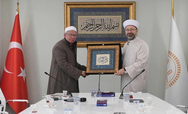 Malezya Başmüftüsü El-Bakri, Diyanet İşleri Başkanı Erbaş'ı ziyaret etti