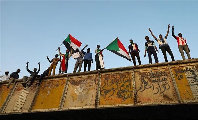 Sudan'da yeni darbe engellendi