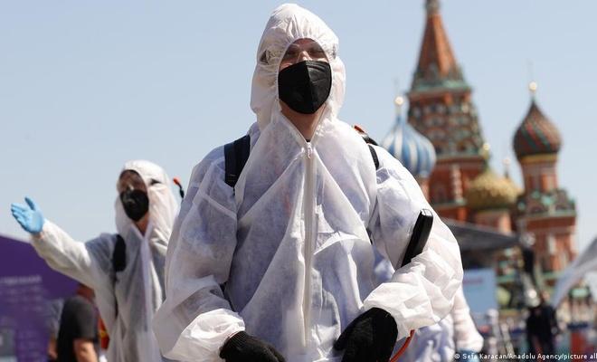 Rusya'da 24 saatte 820 kişi öldü