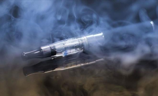 Elektronik sigaraya bağlı öldürücü bir akciğer hastalığı tanımlandı
