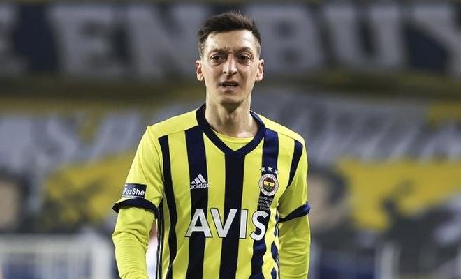 Mesut Özil'den Ramazan Bağışı