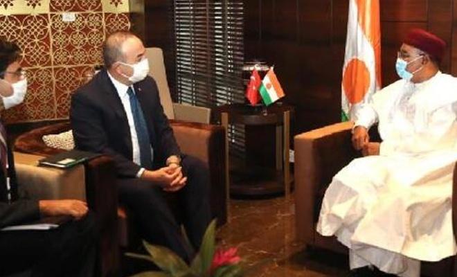 Çavuşoğlu, Nijer Cumhurbaşkanı ile görüştü