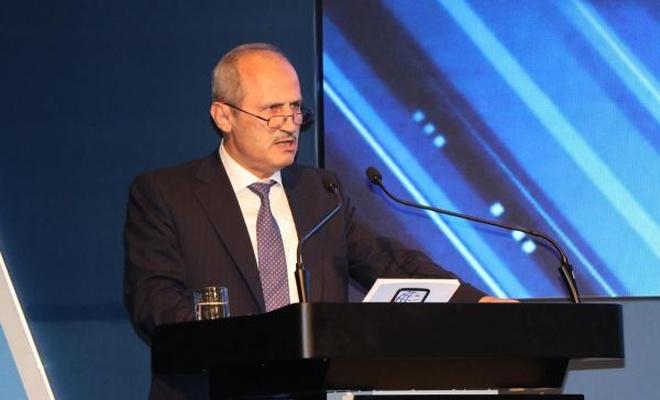 """Bakan Turhan`dan """"Büyük İstanbul Tüneli"""" açıklaması"""
