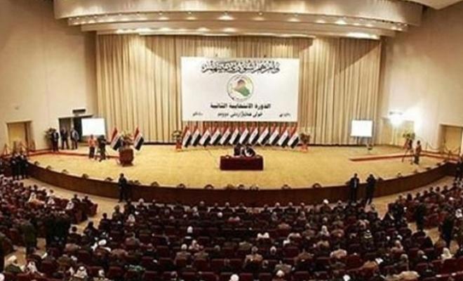 Irak'ta 900 DAİŞ militanının mahkeme süreci başladı