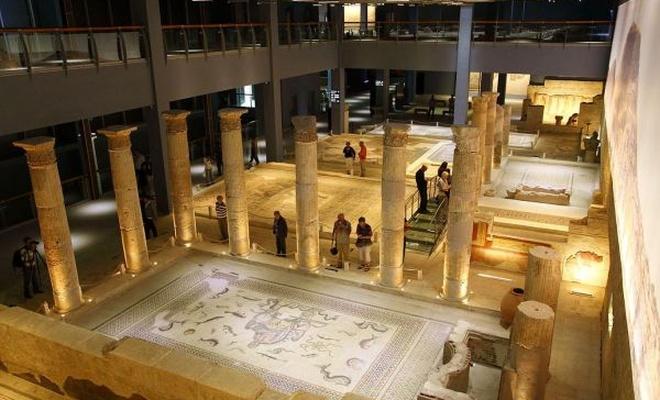 Zeugma müzesine ait mozaikler Türkiye`ye getiriliyor