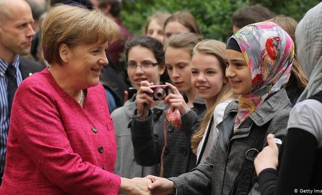 Almanya'da müslümanlar neden Hristiyan Demokratlara oy veriyor