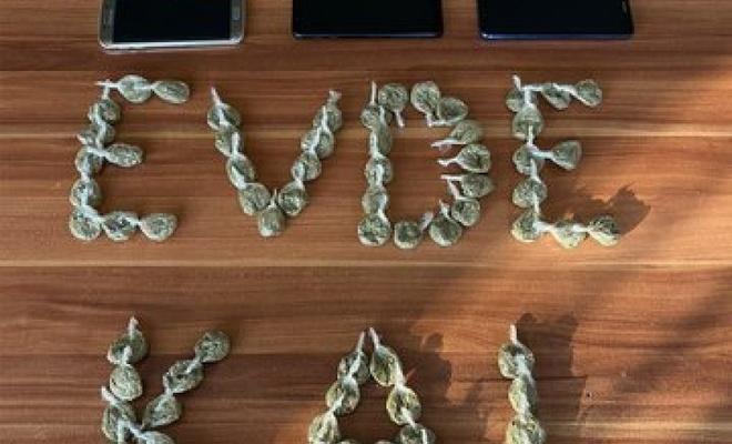 #Evdekal mesajına bir destek de Narkotik'ten