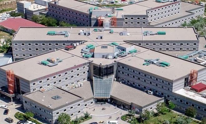 Van Yüzüncü Yıl Üniversitesi'nden hasta kabul kısıtlaması