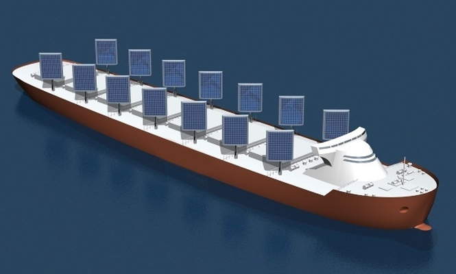 Güneş enerjisi yelkenleriyle çalışan gemi