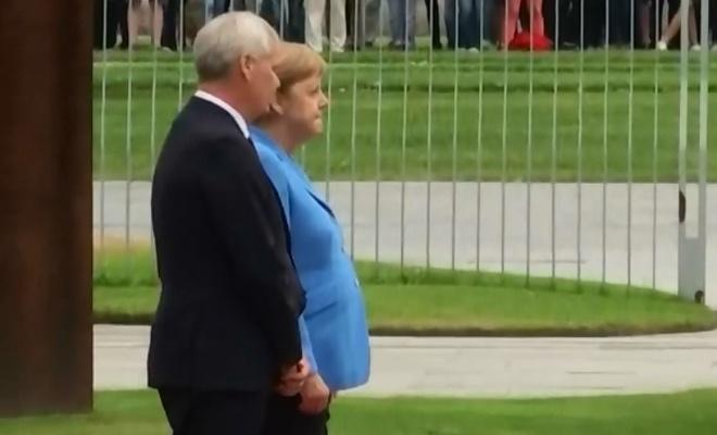 Merkel'in Bir Ay'da üçüncü defa titremesi Su'dan mı?