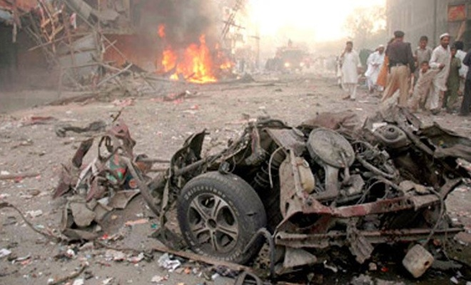 Afganistan'da Cuma namazında saldırı!