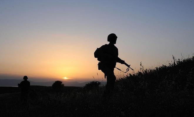 مقتل جنديين تركيين وإصابة 5 آخرين في إدلب