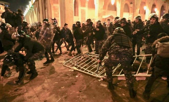 Lübnan'da çatışmalar: 250 yaralı
