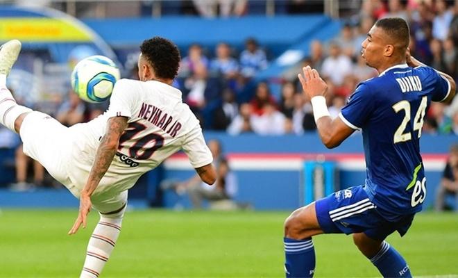 PSG'yi Neymar ipten aldı