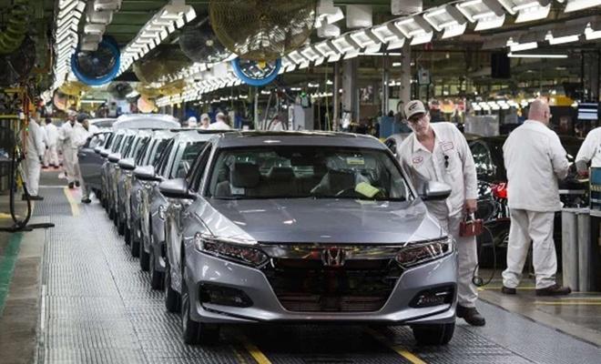 Honda çip tedarikinde yaşanan problem nedeniyle Japonya'daki tesislerinde üretime ara verecek