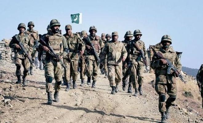 Pakistan'da çatışma: 5'i asker olmak üzere çok sayıda ölü var