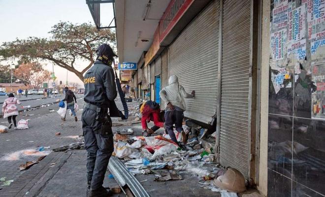 Güney Afrika'daki protestolarda ölü sayısı 276'ya yükseldi