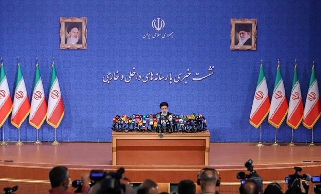 İran'ın yeni cumhurbaşkanı Reisi'nin ilk basın toplantısı