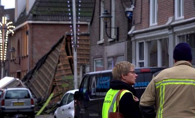 Hollanda'da lokantada patlama: Bina çöktü!
