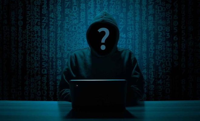 Siber zorbalık nedir? Kendimizi ve ailemizi siber zorbalıktan nasıl koruyabiliriz?