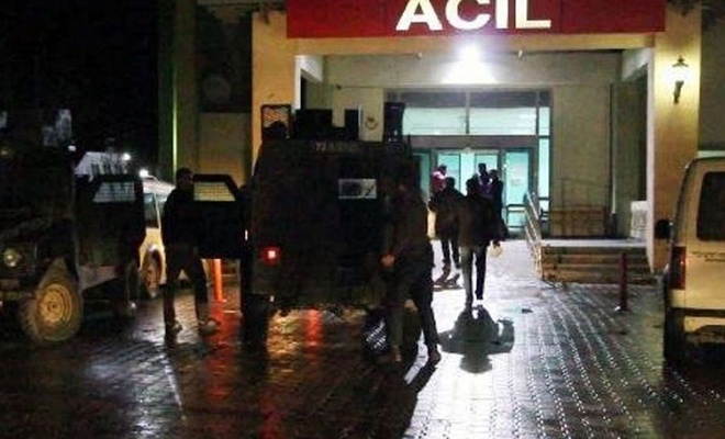 """Polisin """"dur"""" ihtarına uymayan araca ateş açıldı: Bir ölü"""