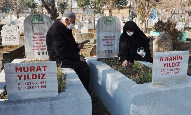 PKK'nin katlettiği evlatlarının acısını ilk günkü gibi yaşıyorlar