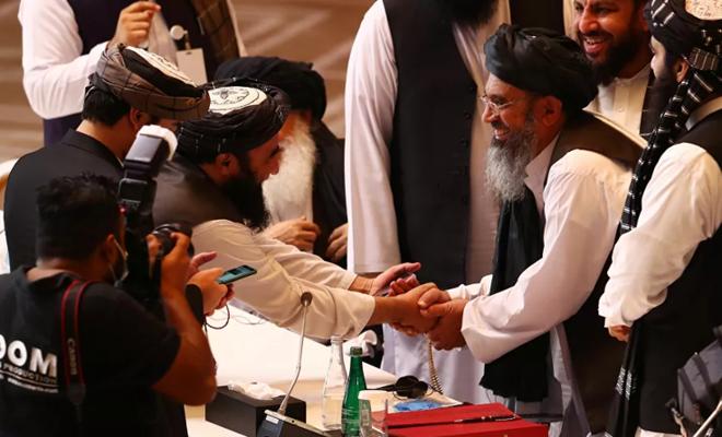 Afganistan'da Taliban ile müzakereler askıya alındı