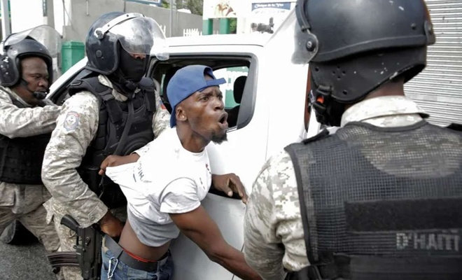 Haiti's government foils coup amid dispute over presidential term limit
