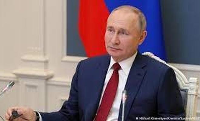 Putin: Ukrayna yönetiminin Kırım Platformu düzenlemesi provokatif bir eylem