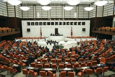 Irak ve Suriye tezkeresi TBMM`ye sunuldu