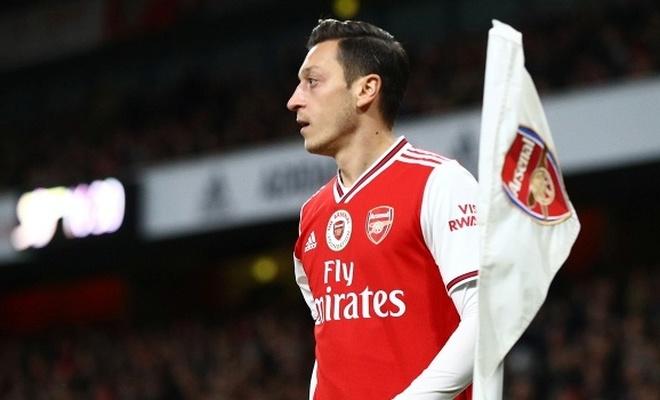 Mesut Özil'den Fenerbahçe yanıtı
