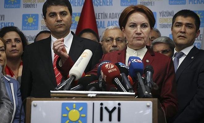 Meral Akşener`in İYİ Parti`den istifa ettiği iddia edildi