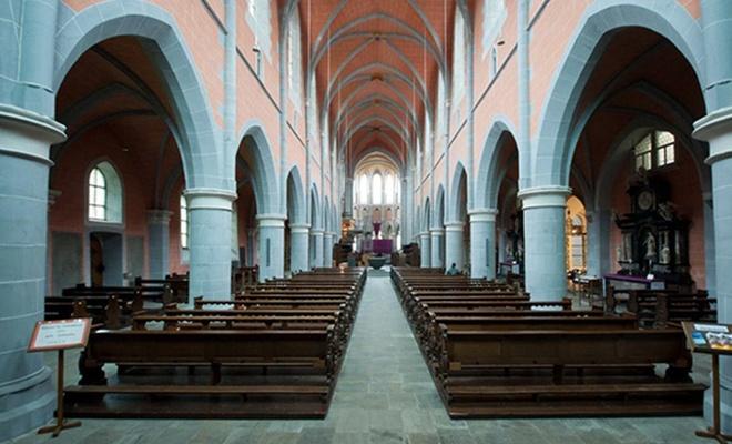 Almanya'da, kiliselerden kaçış hızlandı!