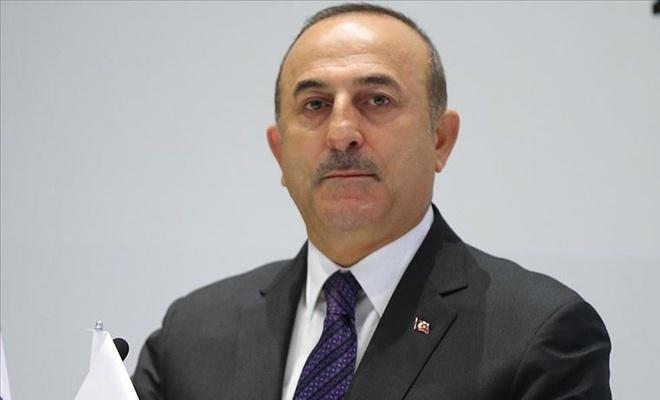 Dışişleri Bakanı Çavuşoğlu'ndan 'Notre Dame' mesajı