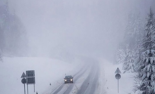 Almanya`da olumsuz hava koşulları: 3 ölü