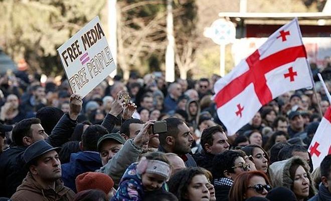 Rusya karşıtı protestolar 3. gününde devam etti