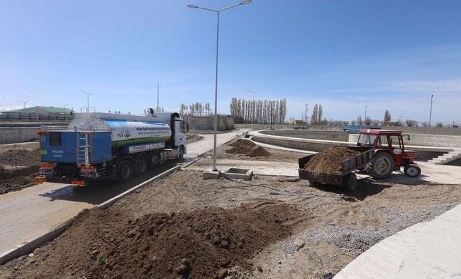 Van'da yapımı tamamlanan atık su arıtma tesisinin peyzajına başlandı