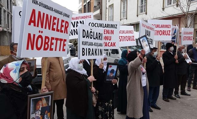 Çocukları dağa kaçırılan ailelerden HDP'ye tepki