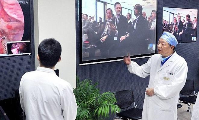 Dünyanın ilk uzaktan beyin ameliyatı Çin'de yapıldı