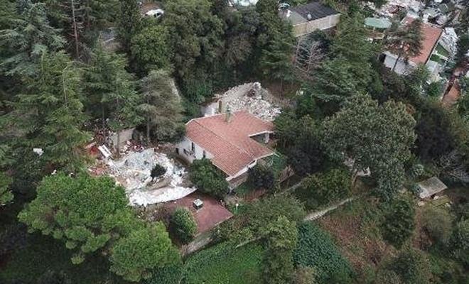 Oktar`ın villası yıkıldı