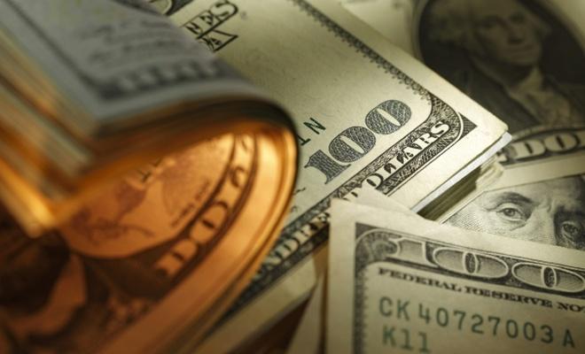 Rusya`dan `dolar`a darbe üstüne darbe!
