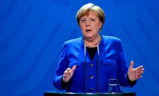 Almanya'da Başbakan Angela Merkel'in partisinin genel başkanlığına seçilen isim belli oldu