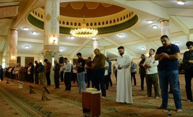 Arap dünyası teravih namazını nerede kılıyor?