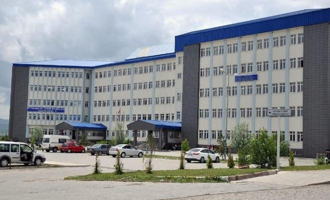 Kafkas Üniversitesi personel alacak