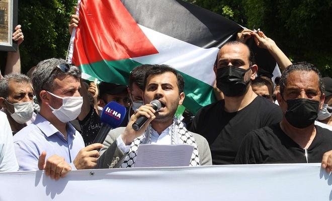 Yüzlerce Mersinli cuma namazı sonrası Kudüs için toplandı