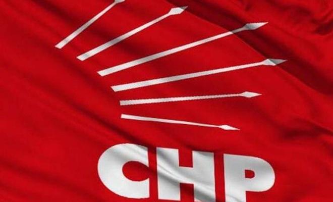 Yalova'da 350 kişi CHP'den istifa etti