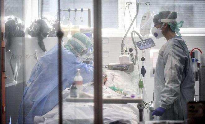 Li Îngîlterê di 24 seatên dawî de ji ber Coronavîrusê 189 kesên din jî mirin