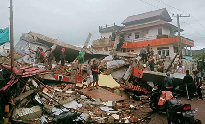 Endonezya takım adalarında meydana gelen kasırgada ölü sayısı 180'i geçti